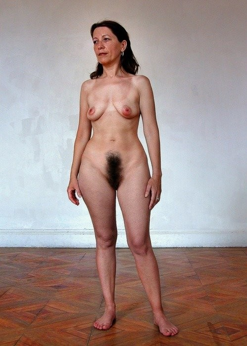 Extremely hairy mature pussy
